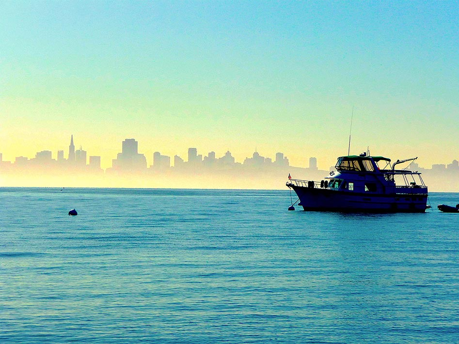 Sausalito San Francisco skyline