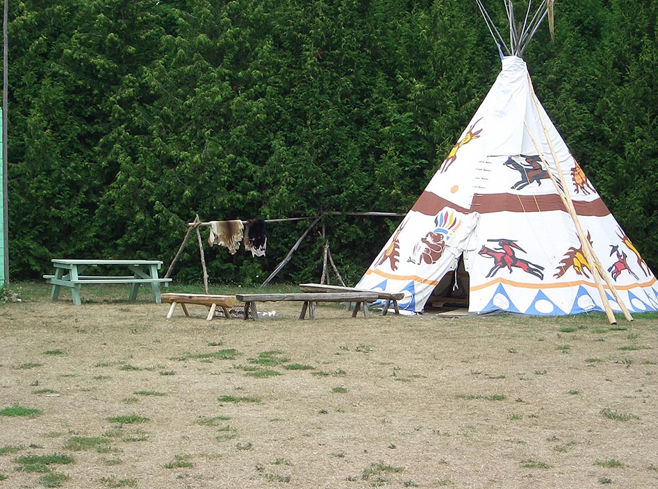 Staying in a Teepee in Tobermory - Sling Adventures