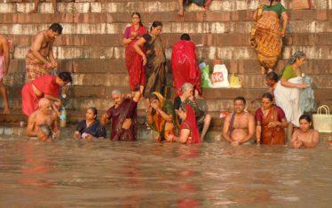 Ritual washing Varanasi