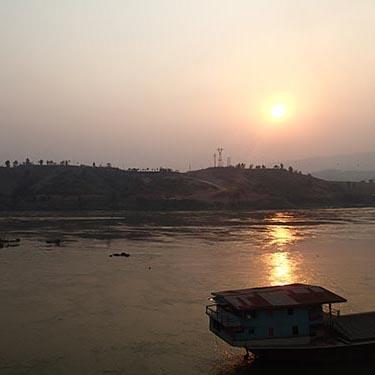 mekong river huay xia laos