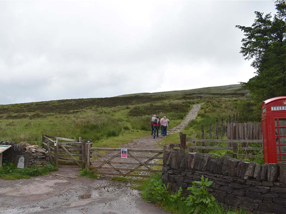 pen y fan trailhead